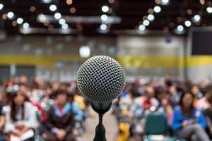 Kỹ năng nói trước đám đông: Bí quyết trở thành diễn giả lôi cuốn